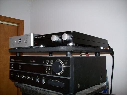got a new preamp on the way-nuforce-preamp.jpg