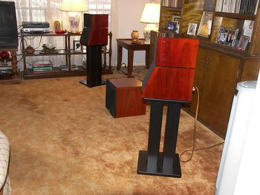 I can STAND it-nolans-speakers-side-view.jpg