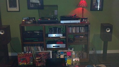 My listening space-2012-07-08_17-36-35_502.jpg
