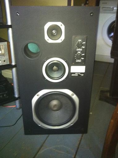 Somebody have info on Aurex Excalibur speaker CS-830 thanks !!-photo.jpg