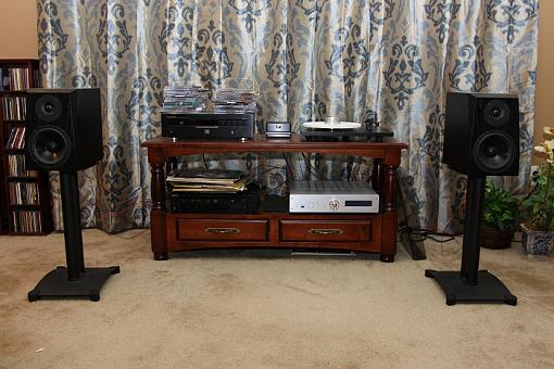 Building your own HiFi rack/Stacking Amp on top of CD player-001-smaller.jpg