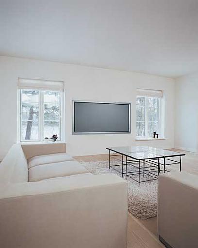 Award-Winning Front Screen Technology from dnp denmark-living-room-a_72fixedpost.jpg