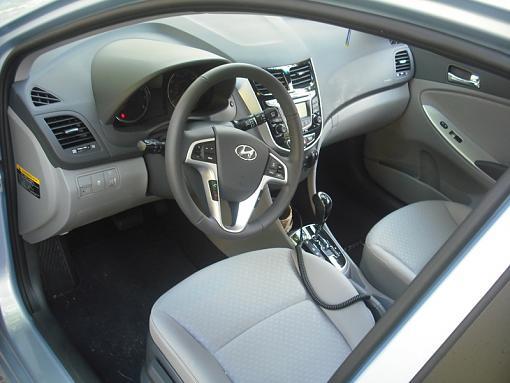 Car Talk: I'm looking for a compact hatch-hyundai-driveway-2.jpg
