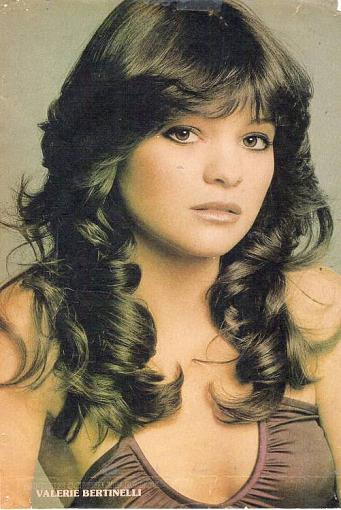 Which girl/boy from TV show you had a crush-valerie_bertinelli3.jpg