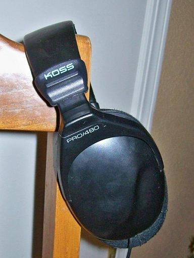 Noise Cancelling Headphone?-koss.jpg