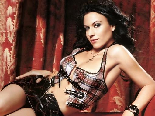 Any thoughts or recommendations on Nightwish or Rammstein?-christina_scabbia_01.jpg