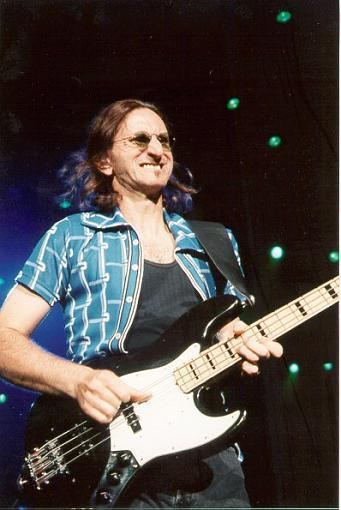 Phil Collins - I will play no more forever-371x555geddy.jpg