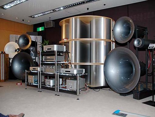 Check out the picture of my new home theater system.-homecinema.jpg