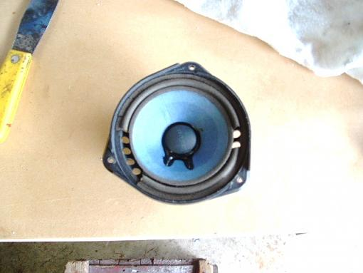 Re-foaming Bose 901's-bose901-018.jpg