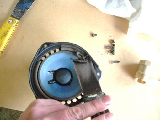 Re-foaming Bose 901's-bose901-019.jpg