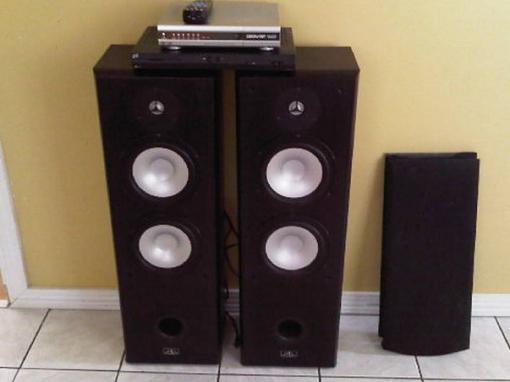 help to identify speakers-8360ljn_20.jpg