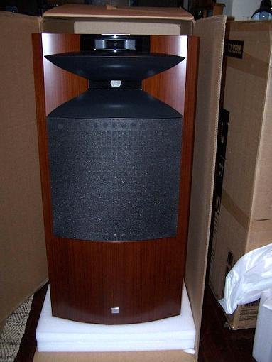 Jbl K2 S9900-k2-out-box.jpg