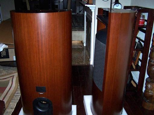 Jbl K2 S9900-k2-rear-side.jpg