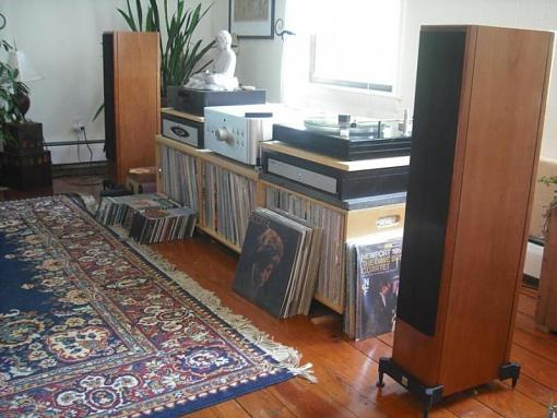 Help me position my Vienna Acoustic Mozart Grands-viennas-daylight-010.jpg