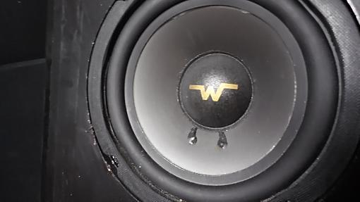 Need help identify this speaker-sam_2713.jpg