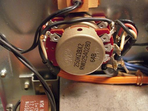 Marantz 1030 integrated amp problem-maratz1070_volctrl.jpg