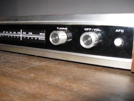 CROWN FM-300 FM Tuner-img_3709.jpg