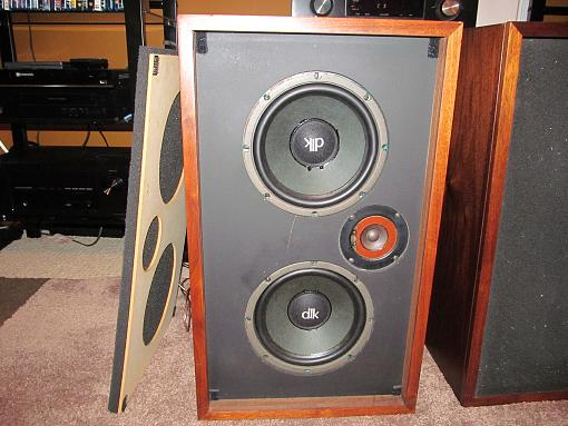 Garage Sale finds - DLK speakers - Sherwood receiver - Technics SL-220-img_1366.jpg